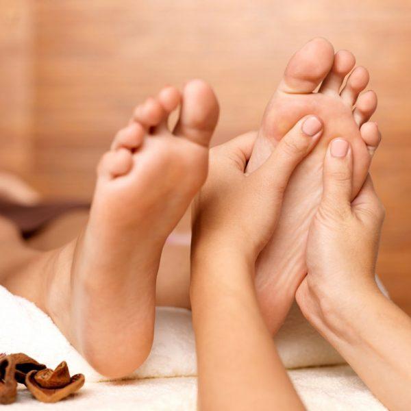 Massage Ấn Huyệt Chân